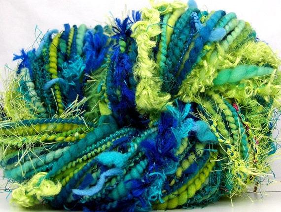 HandSpun Art Yarn merino wool bulky Electric Wave 76 yards Kitty Grrlz FunctionArt Art Yarn