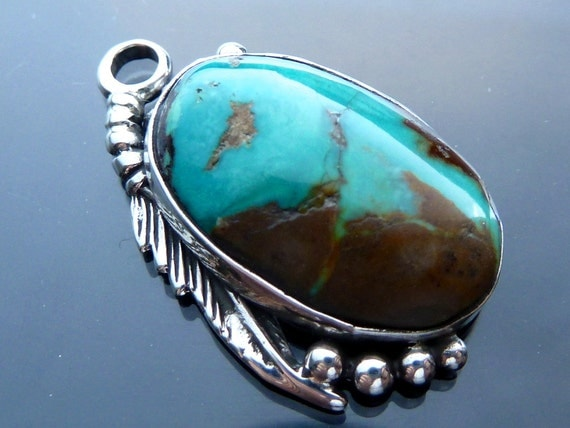 Feather w Turquoise cabochon Southwestern Native American Indian in sterling silver necklace