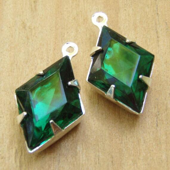 Emerald Green Vintage Rhinestone Diamond Jewels, Silver Settings, 15mm, 10mm, Glass Gems, One Pair, Worldwide Shipping