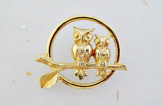 Owl Couple Tac Pin - Avon Loving Owls - 1980 Vintage Jewelry