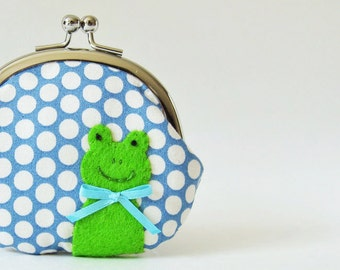 Frog coin purse - green frog on blue polka dots, handmade purse, kiss lock pouch change purse kids stocking stuffer