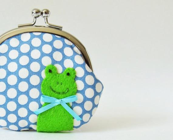Frog coin purse - green frog on blue polka dots, handmade purse, kiss lock pouch change purse kids stocking stuffer