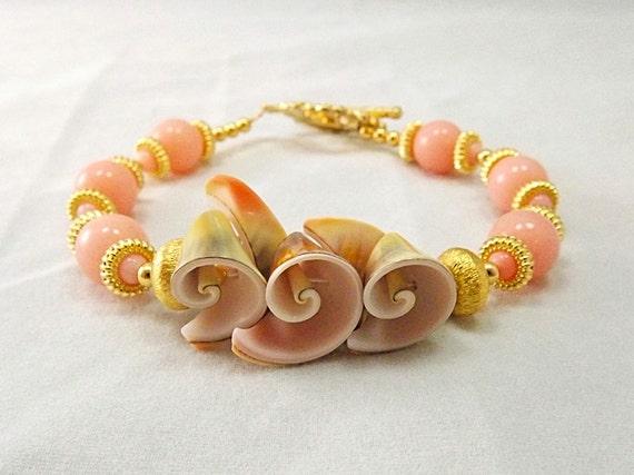 Peach Shell, Coral and Golden Beaded Bracelet, Golden Sands, TPMB