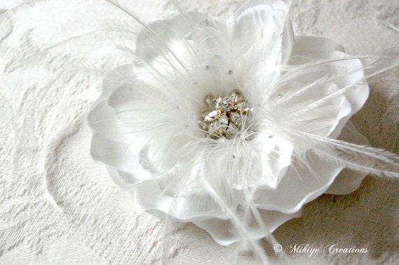 Bridal Headpiece, Wedding Hair Piece, Bridal Hair Flower, Wedding Accessories  -  White Amelias Flight