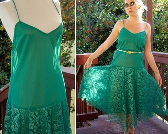 The DISCO 1970's 80's Emerald Green Dress with Floral Lace Skirt size Medium