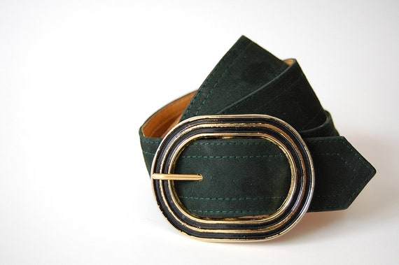 Mod Leather Belt in Dark Green / Wide / Large Textured Gold and Black Buckle / Curved waist 29 - 33