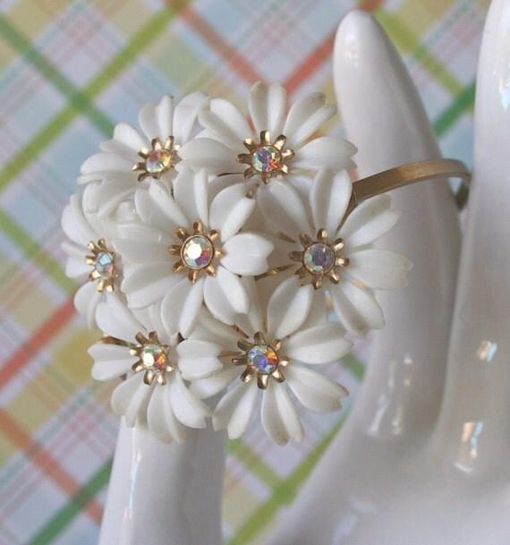 Vintage Corsage Bracelet - Kalyna