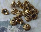 DESTASH 18 pcs Tibetian Silver Bead Cap Antique Gold 6mm