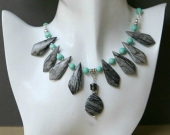 Black Lace Picasso Jasper and Turquoise Colored Beaded Necklace Set
