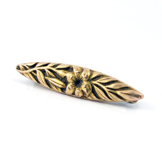14K Art Nouveau Antique Gold Flower Lingerie Pin Brooch
