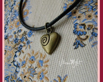 BJD Dollfie Necklace by VillemoArt - heart VA-02