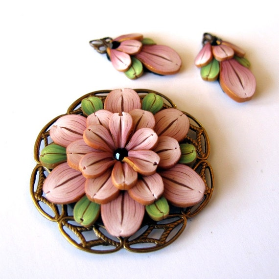 Beading Components in Antique Pink