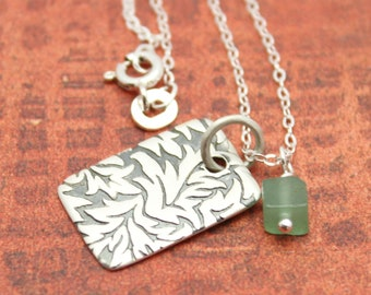 SALE - Dainty Leaf Pattern  Necklace