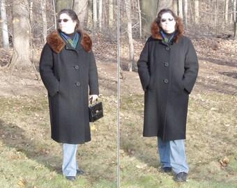 Vintage Women's Coat, Black w Brown Mink Fur Collar, long black winter coat, dress coat, 1950s-1960s, mid century