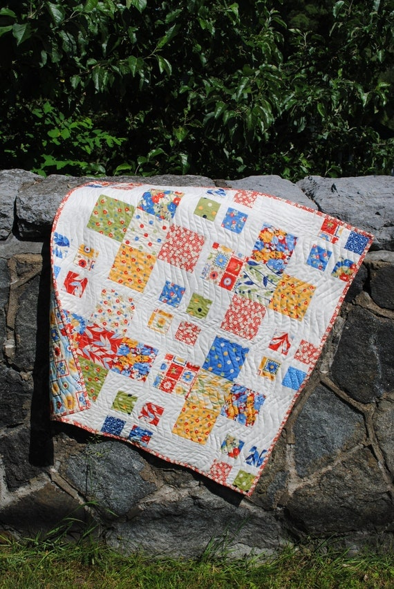 Baby Quilt or Crib Quilt, Moda's Happy Daisey Fabric