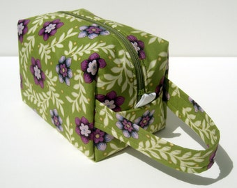 HOLIDAY SALE - Purple Flowers Zipper Box Knitting Project Bag