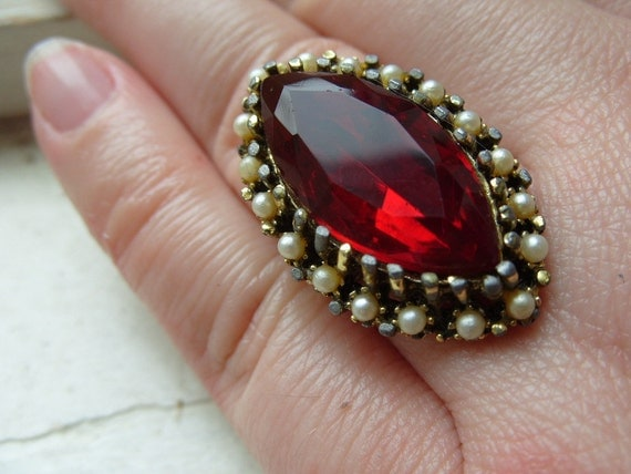 FREE SHIPPING Vintage Ring Red Rhinestone with Faux Pearl Accents