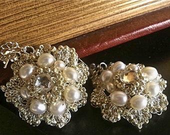 Wedding Pearl Earrings, Pearl and Rhinestone Earrings, White Pearl Earrings, Pearl Bridal Earrings,Pearl Jewelry, Wedding Jewellery, Flowers
