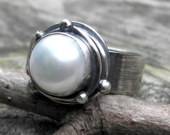 Pearl Bramble Ring ...  large white freshwater pearl ring cocktail ring statement ring wide band
