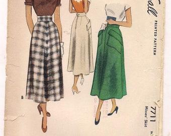 UNCUT 1949  Skirt Sewing Pattern 23 Waist Pocket