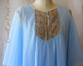 Vintage 60s Nylon Night Gown Robe Peignoir Set Pastel Blue Floaty Hollywood Goddess Small SANS SOUCI