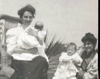 vintage photo Mothers and Babies