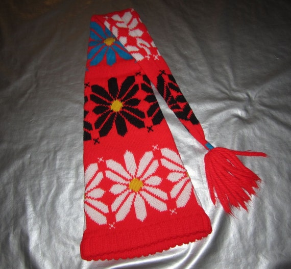 Vintage nordic floral knit hat long style with tassle skiing