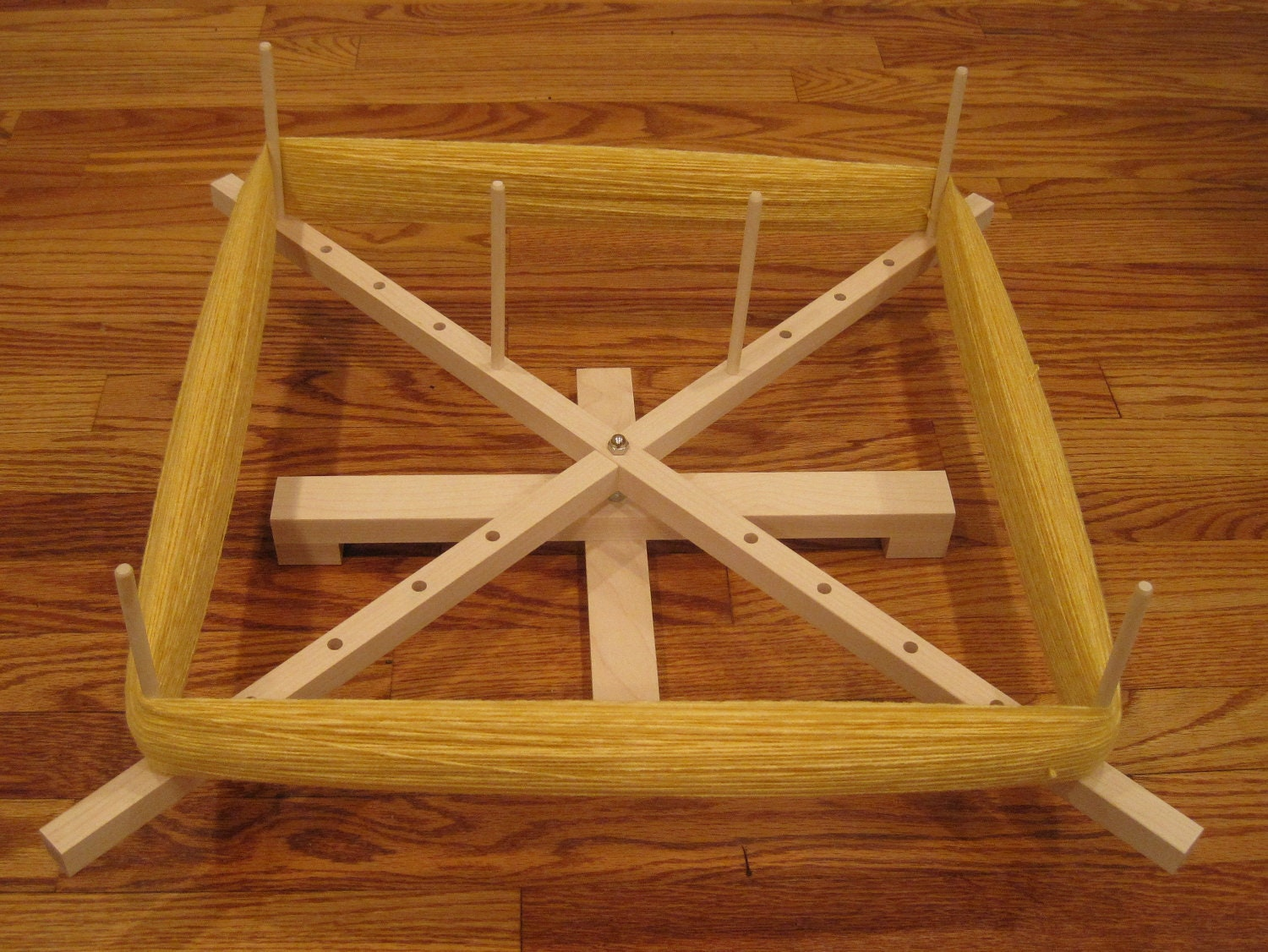 how to use a swift yarn winder