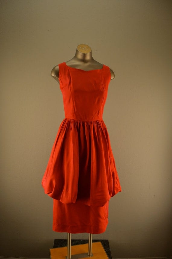 1950s red cocktail dress / Vintage peplum dress / 50s bombshell party dress
