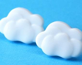 Cute Cloud Stud Earrings - White - Kawaii Cloud Post Earrings