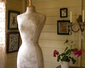 Display Mannequin Dressform English Country House Linen Interior Design - Kate Forman in Sage