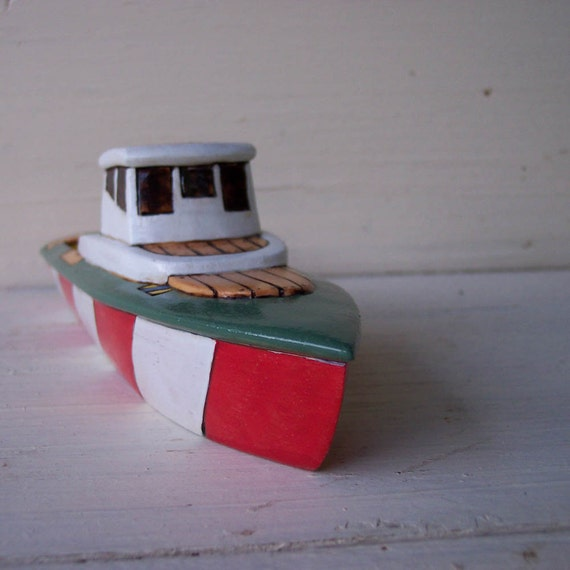 Red Stripe Typhoon Toy Wooden Boat