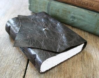 Leather Journal . blank . handmade handbound . dark brown (320 pgs)