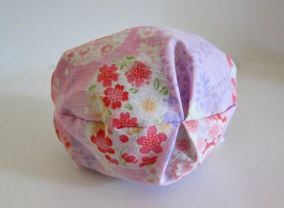 Yarn cozy -- Round drawstring bag -- Sakura blossoms
