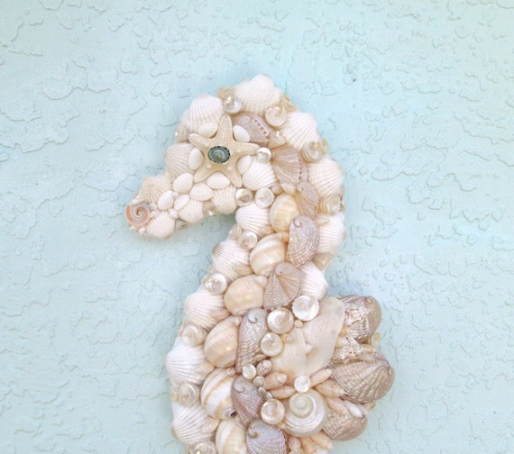 seahorse art wall decor seashells. Black Bedroom Furniture Sets. Home Design Ideas