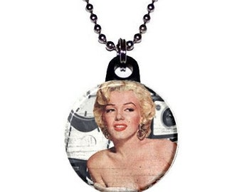 Marilyn Monroe Hollywood Image Necklace