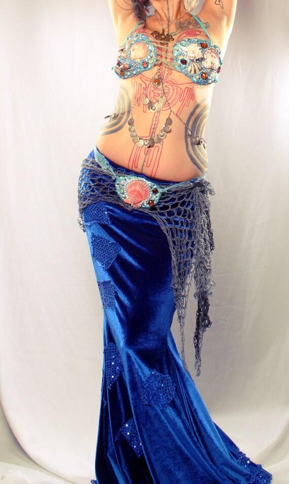 Grey Mermaid Shawl Hip Scarf - Gothic Couture Belly Dance Crochet wrap belt, Fairy skirt Boho Free Form Organic Web Shape