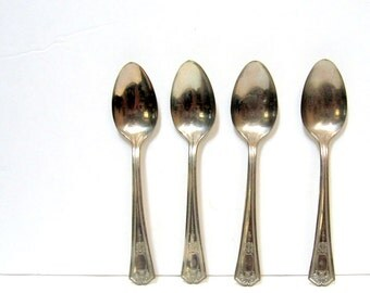 4 Matching Teaspoons, Not so Tarnished