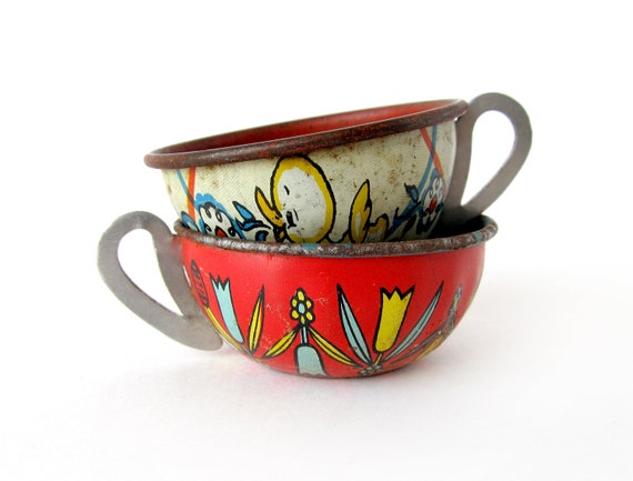 Tin Toy Teacups, Set of 2 Pieces