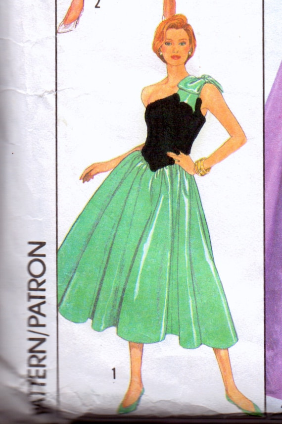 Vintage Sewing Pattern Simplicity 9082 Special Occasion Dress Size 6-8 Bust 30-31.5 Inches Complete