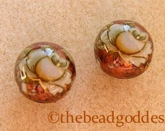 New 10mm Pair Beautiful Japanese Tensha Beads WHITE ROSES on COPPER