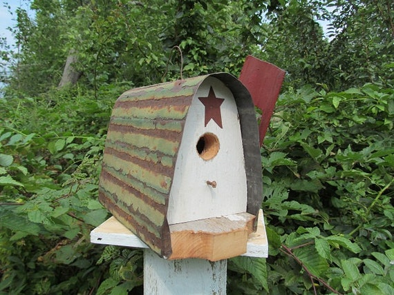 Mailbox Birdhouse Rustic Barn Wood Metal Roof Red Flag Rusty