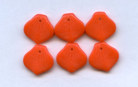 Orange Arabesque Onion Shaped Drops, Vintage Glass, 13mm (6)
