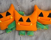 Wibbly BOO - stuffed plush pumpkin pocket monster