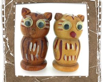 Vintage Mid-Century Retro Novelty Salt & Peppers - Google Eyed Wooden Owls - Japan