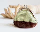 Crochet Coin Purse with Kiss Clasp Frame in Brown and light Green