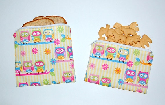 Owls and Daisies - Reusable Sandwich and Snack Bag with Zipper Closure (Set of 2)