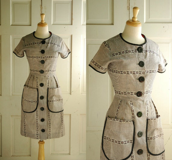 1950s Gingham Dress / Vintage Cotton Day Dress