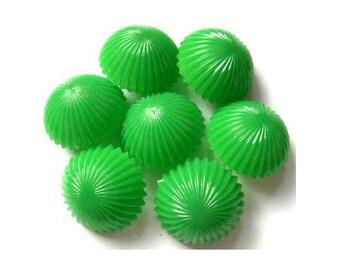 6 antique vintage plastic buttons green mushroom shape 21mm