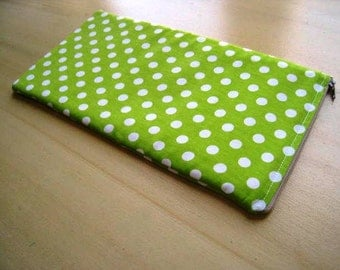 Green Polka Dots - Apple Magic Keyboard Sleeve, Apple Keyboard Case, Samsung Wireless Keyboard Sleeve - Padded and Zipper Closure